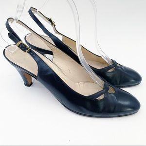 Salvatore Ferragamo navy blue leather heels 7.5 AA